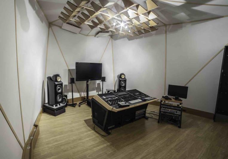 Spitfire mastering on SoundBetter