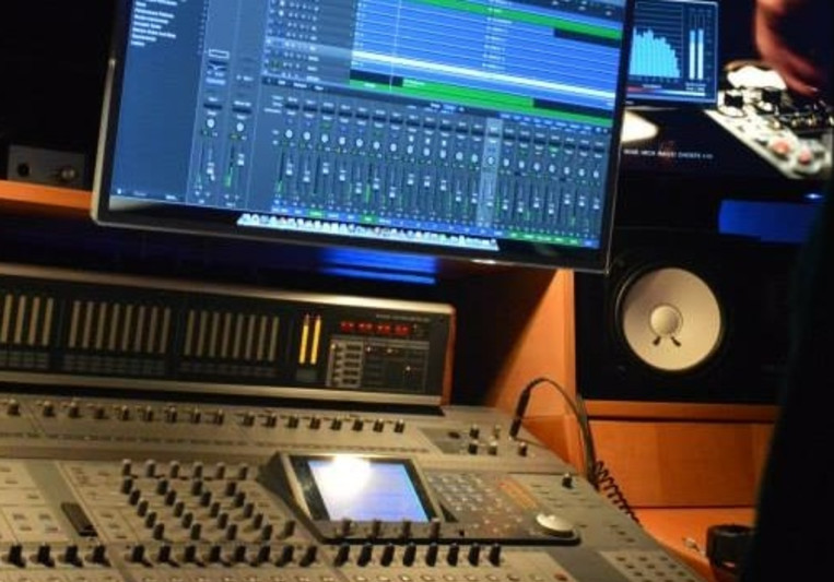 ZMProduzioni CRN on SoundBetter
