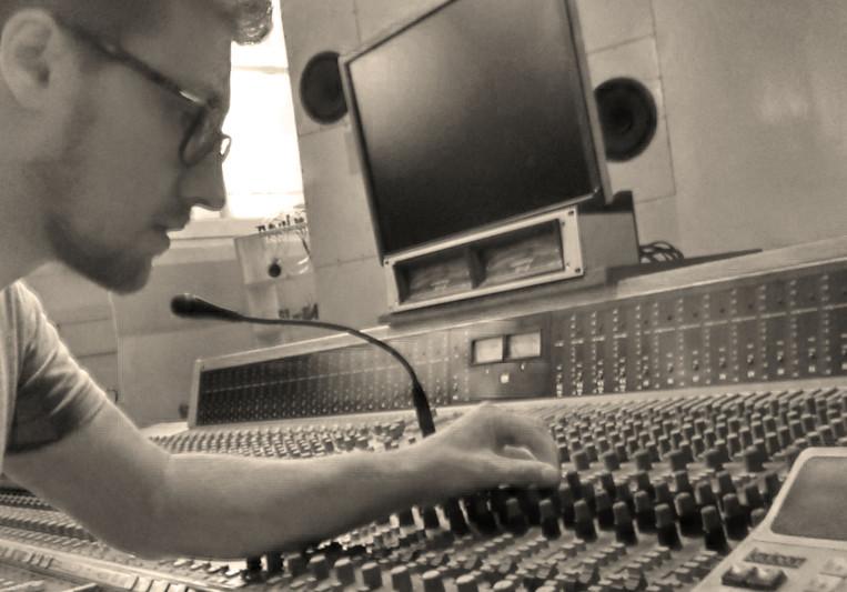 Dominik Mayr on SoundBetter