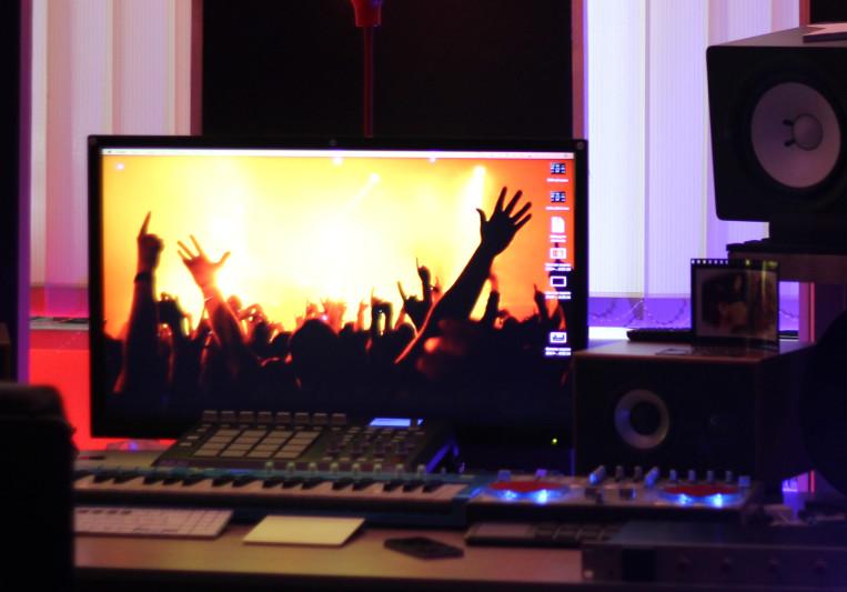 MKS on SoundBetter