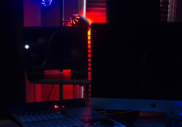 Studio Laminar on SoundBetter