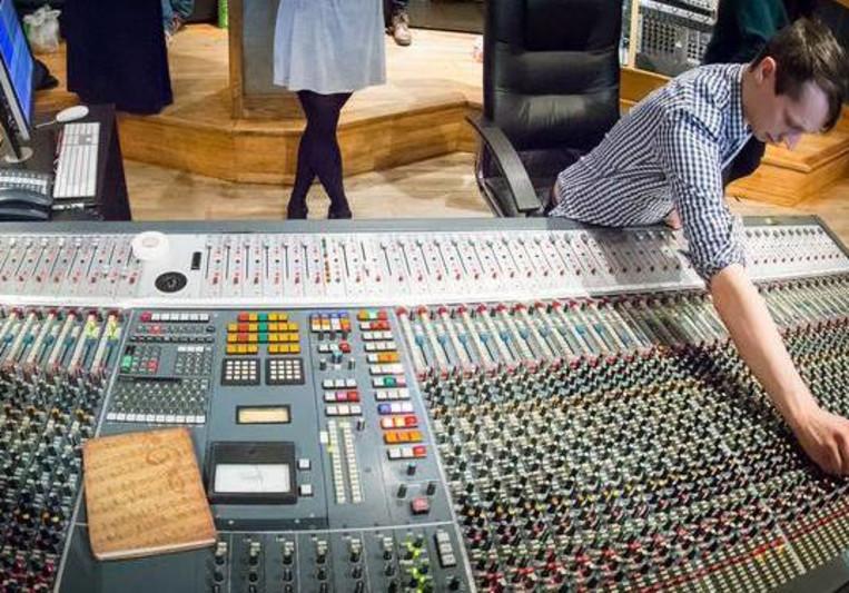 Russell Cottier on SoundBetter