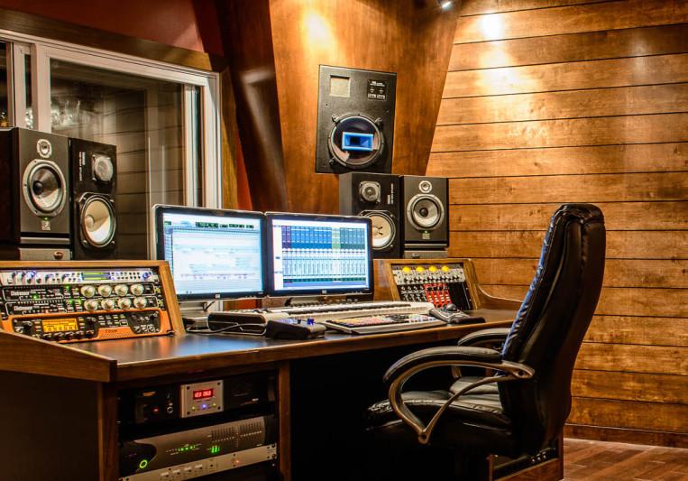 MadSamStudios on SoundBetter