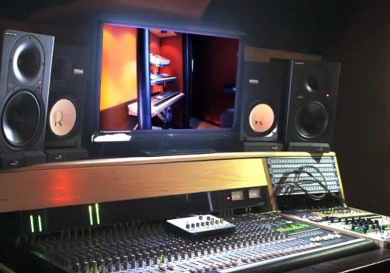 PRVLG Studios on SoundBetter
