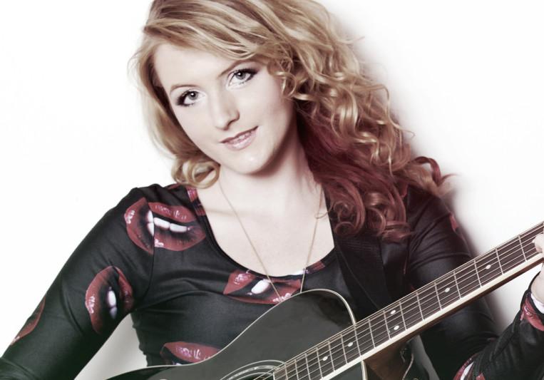 Belle Rousse on SoundBetter