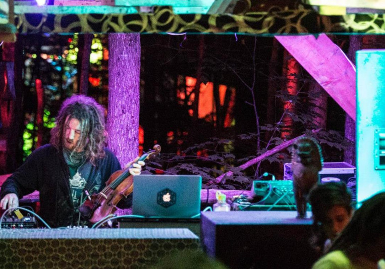 Doug Penny aka Totemic on SoundBetter