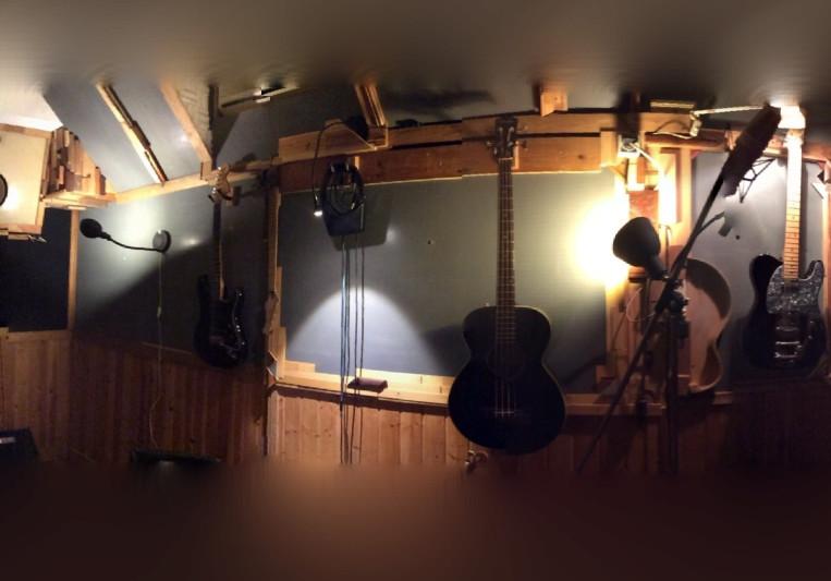 ScratchBuilt Studios on SoundBetter