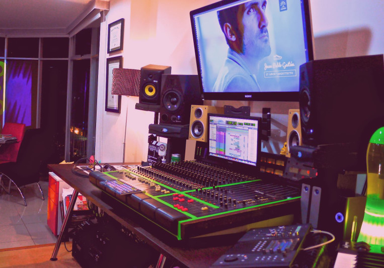 I-C STUDIOS S.A.S on SoundBetter