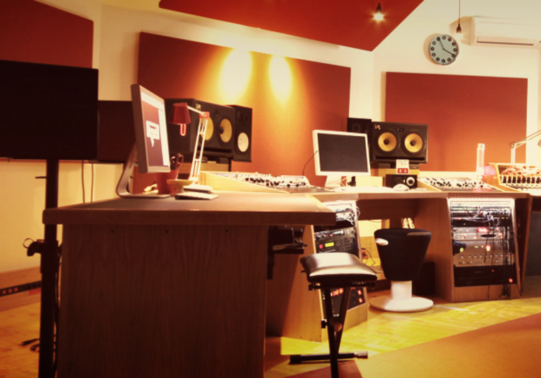 El fish Recording Studio on SoundBetter