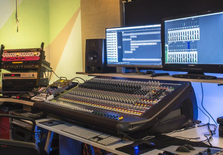 Audiomokette on SoundBetter