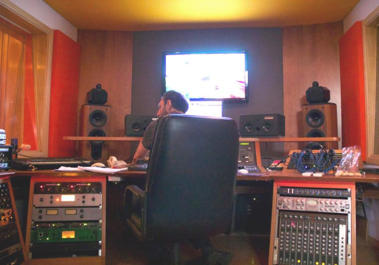 Cone of Silence ErrorSoundTeam on SoundBetter