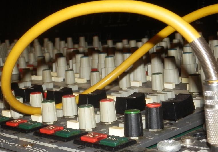 Doppiopunto Studio on SoundBetter