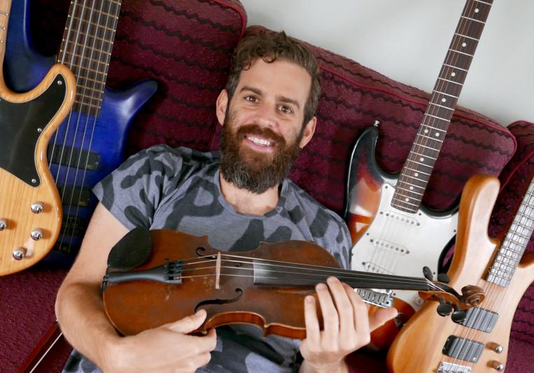 Amir Sinai Weisglass on SoundBetter