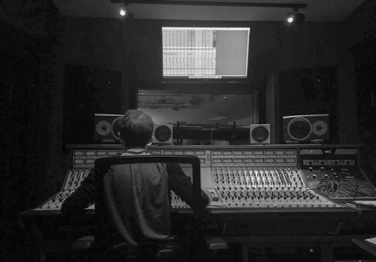 Derek Long on SoundBetter