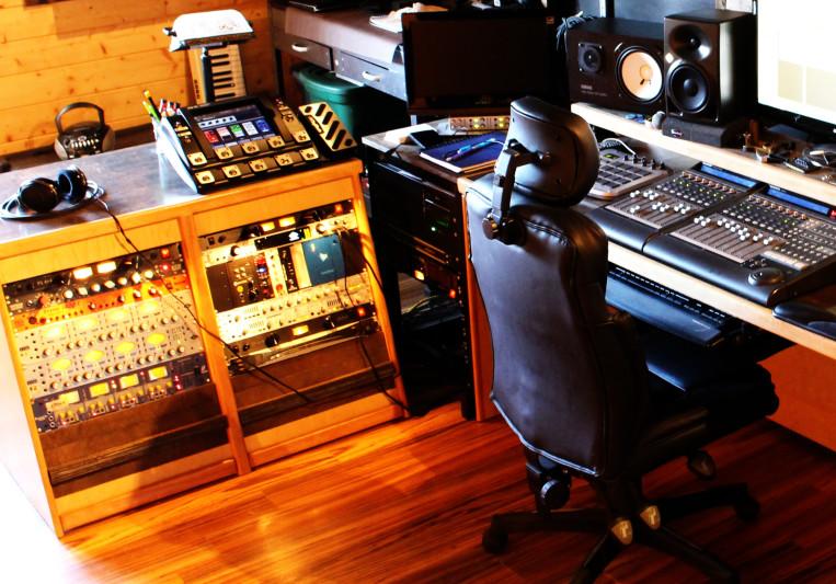 ITuneAudio on SoundBetter