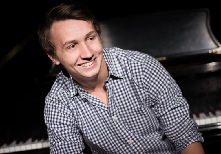 Alex Thomen on SoundBetter