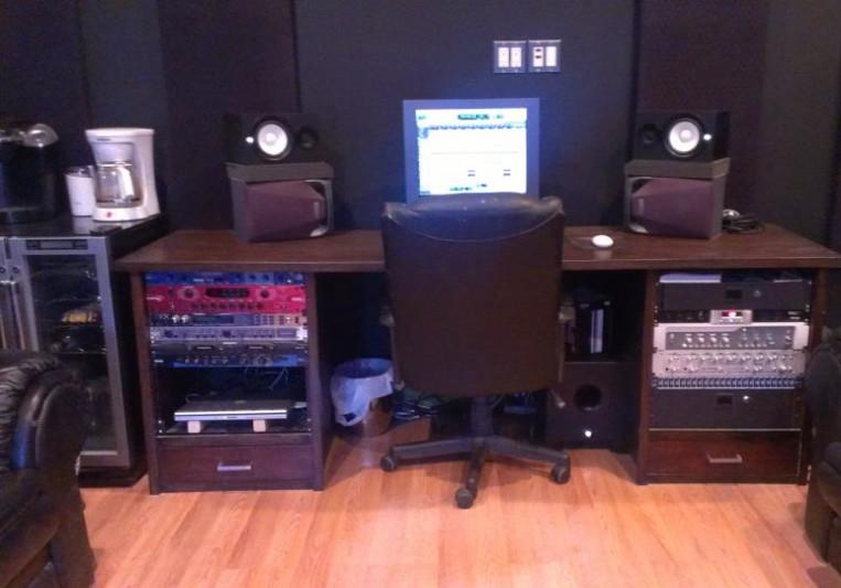 Eleven16 Recording Studio on SoundBetter