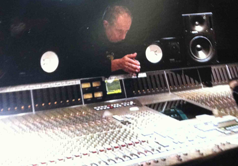 Tony Papa on SoundBetter