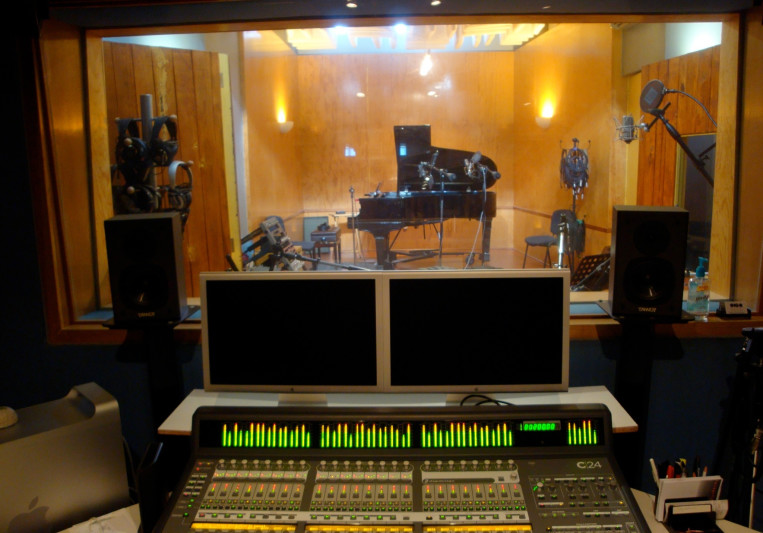 OIGO estudios on SoundBetter
