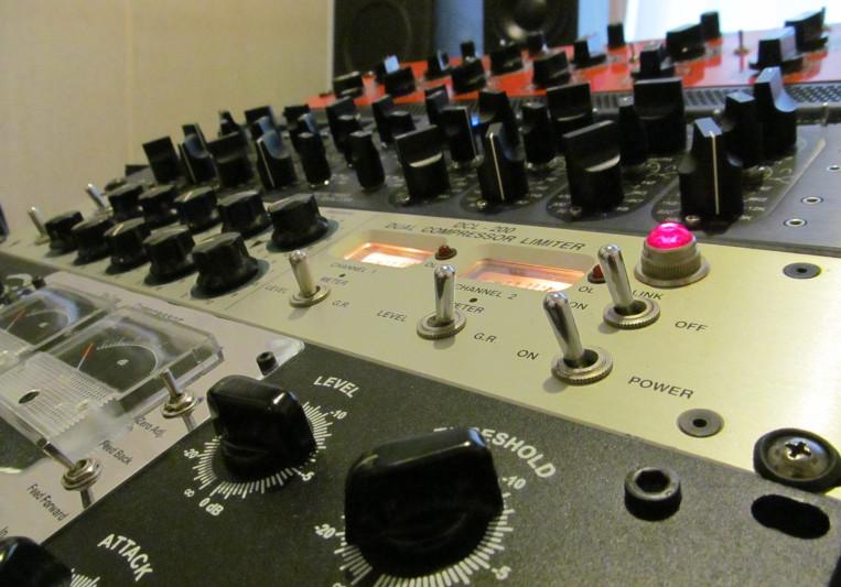 SafeandSound Mastering on SoundBetter