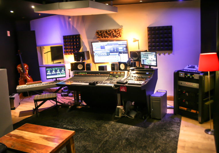 Hilltop Recording Studio on SoundBetter