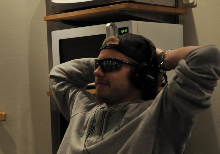 Robin Schneider on SoundBetter