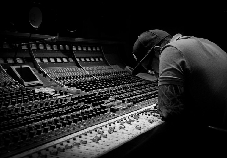Alphabeat Music on SoundBetter