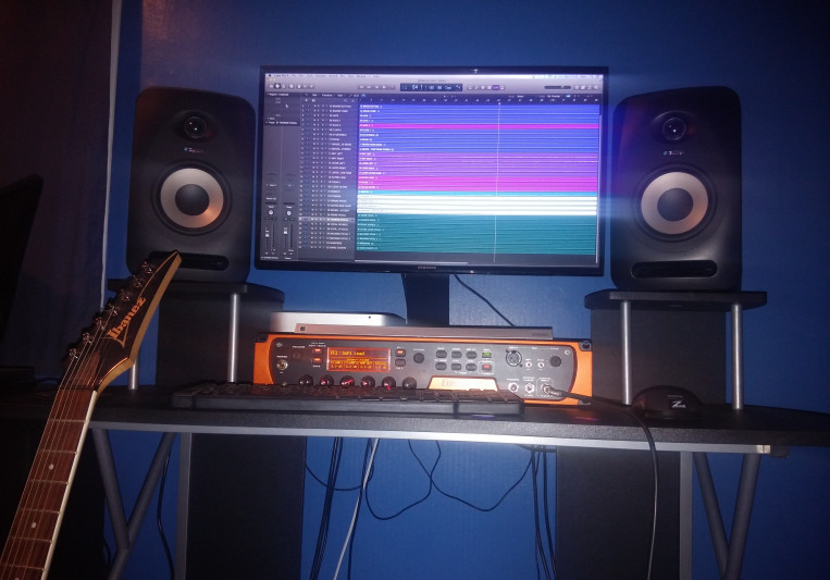 Alex Lindsay on SoundBetter