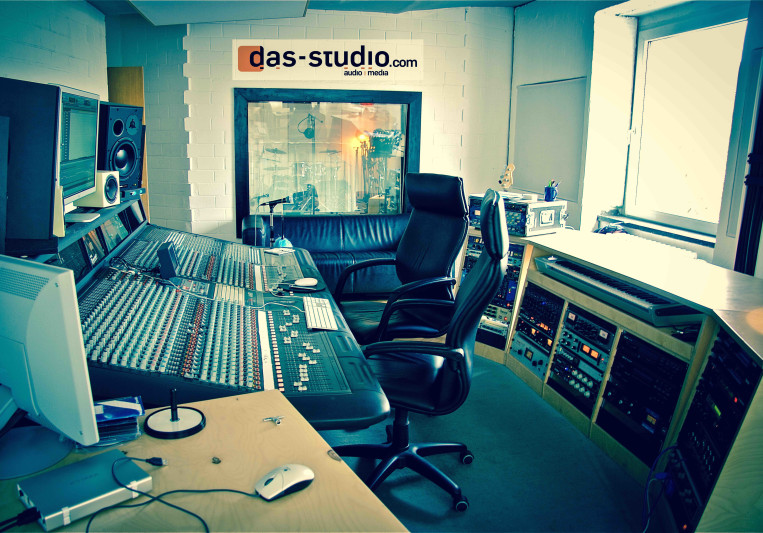 DAS Studio on SoundBetter