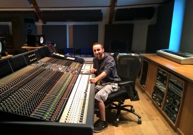 Arthur / CassaRecords on SoundBetter