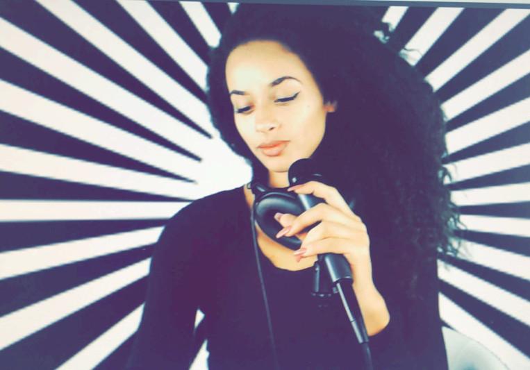 Amber Doll on SoundBetter