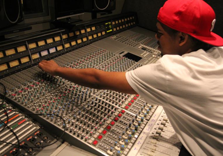 Stefon Mitchell on SoundBetter
