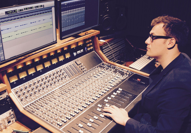 Charlie Bryce Wallace on SoundBetter