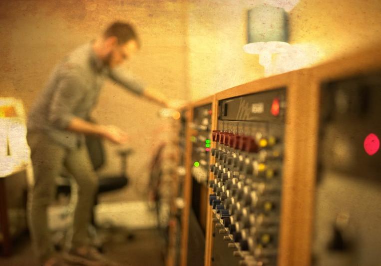 Joshua Frerichs on SoundBetter
