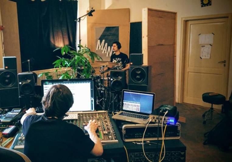 audiomanz on SoundBetter