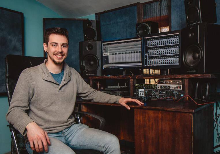 Tony Trucker on SoundBetter