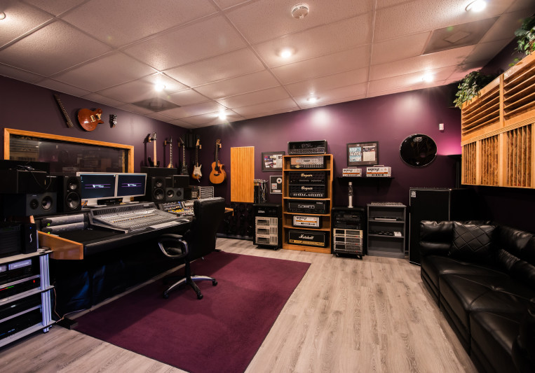 Nightsky Recording Studios on SoundBetter