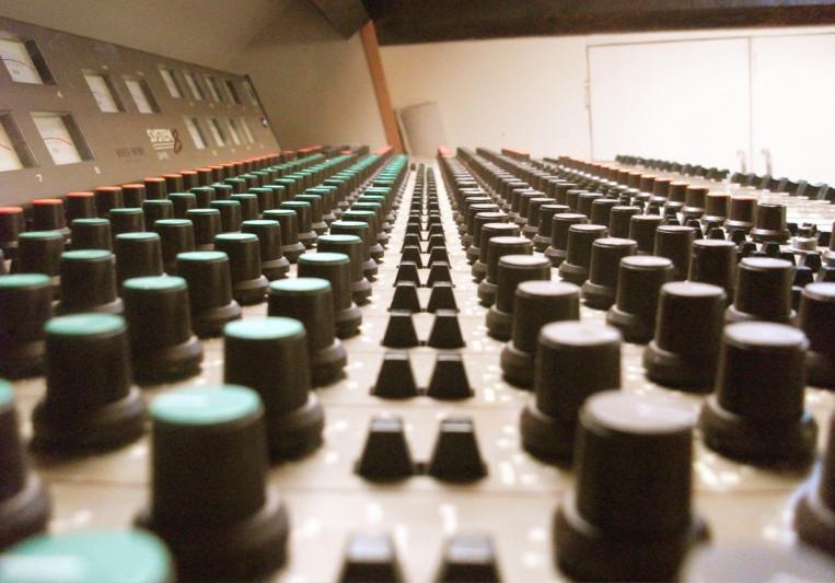 Washroom Studios on SoundBetter