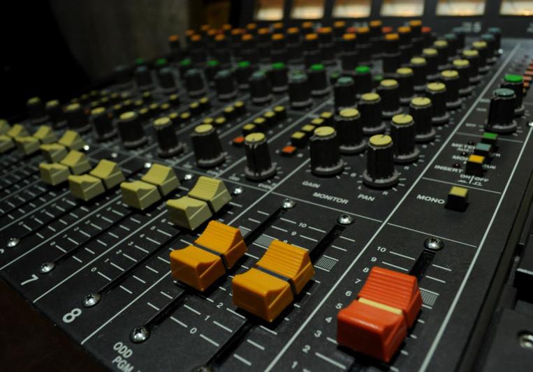 Damian Gagliardi on SoundBetter