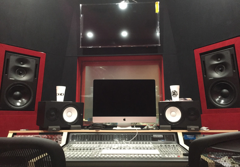 Lounge Studios FLA on SoundBetter