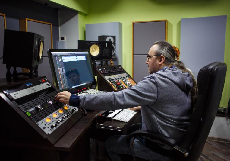 Dmitry Horunzhy on SoundBetter