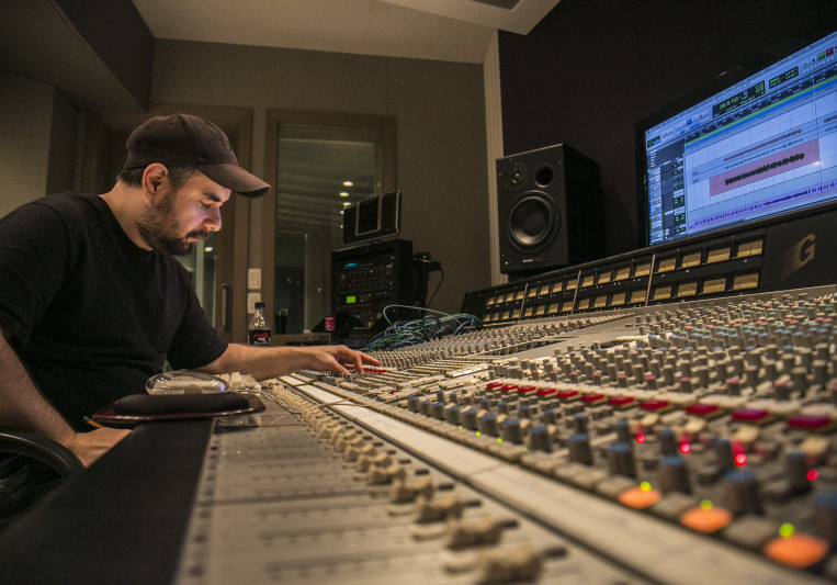 Mauricio Cersosimo on SoundBetter