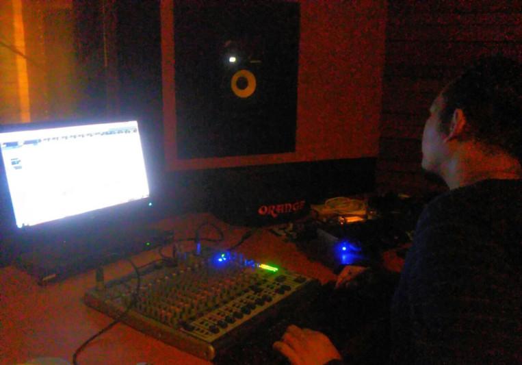 Panji on SoundBetter