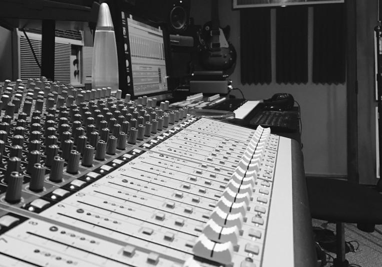 STUDIO 528 on SoundBetter