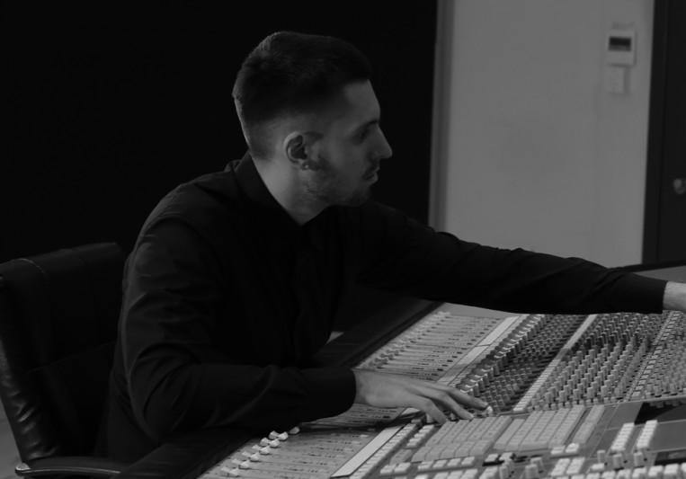 Yuri Gurevich on SoundBetter