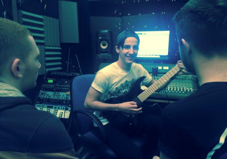 Elliot Wilkins on SoundBetter