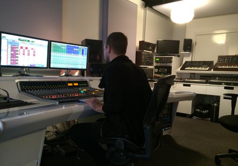 Alex DeGroot on SoundBetter