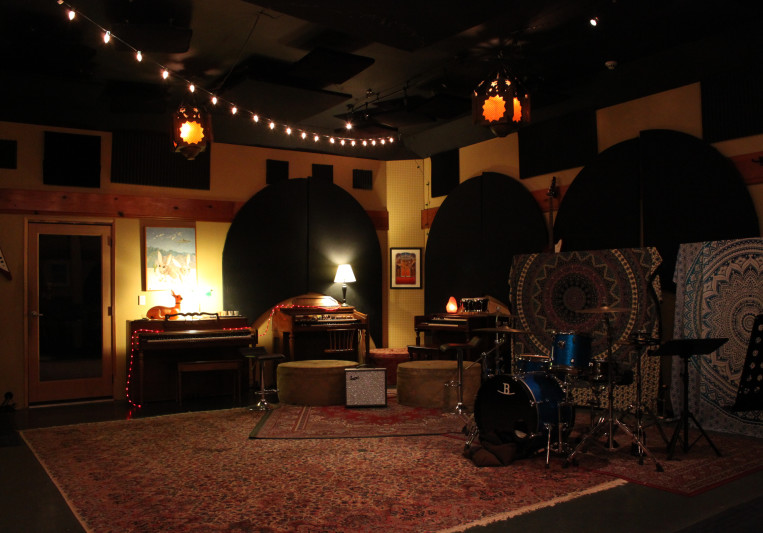 Bedrock•LA on SoundBetter
