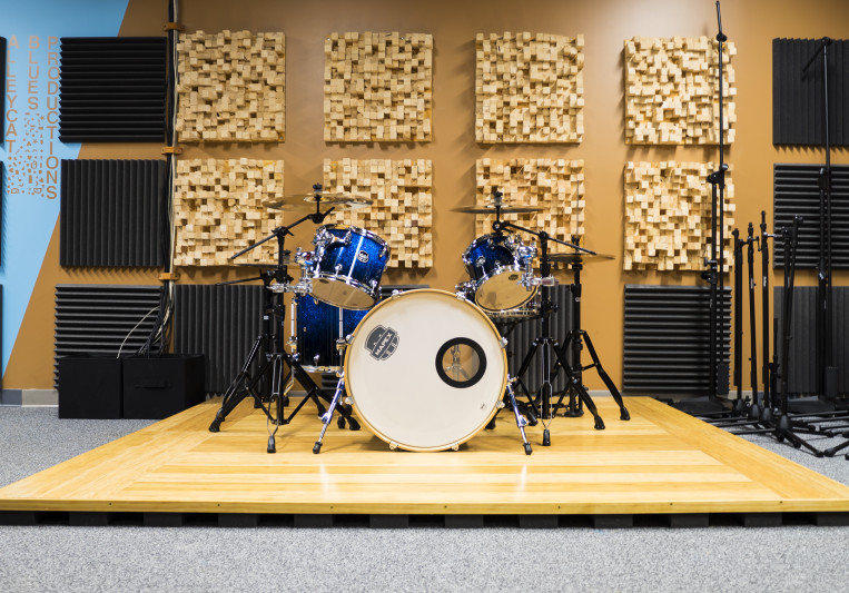 Alleycat Blues Productions LLC on SoundBetter