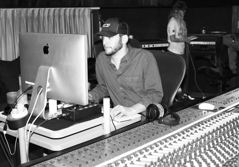 Mac the Mixer on SoundBetter